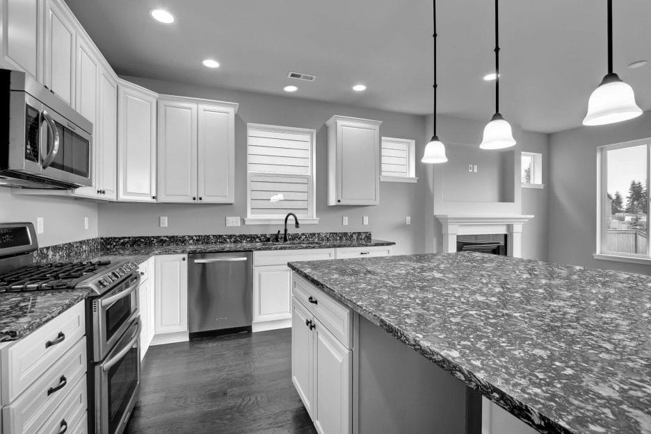 Why black and white quartz countertops are so popular!